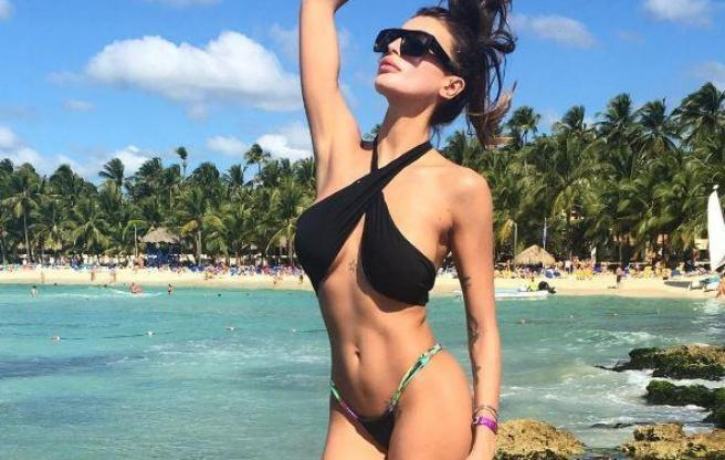 Cristina Buccino, super bikini