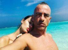 Eros Ramazzotti, vacanze bollenti con Marica