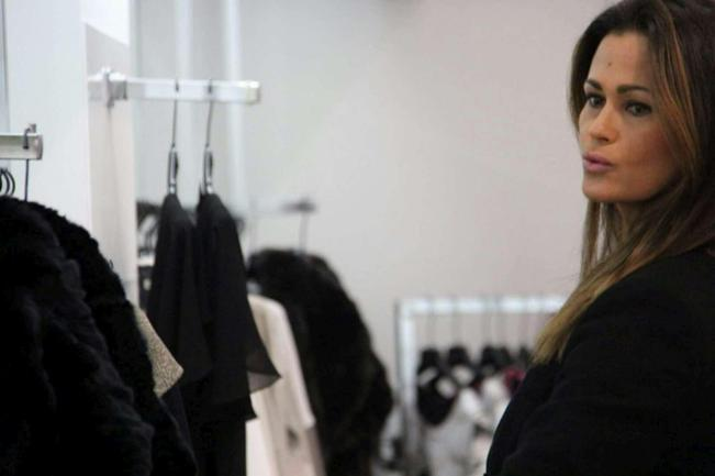 Samantha de Grenet, shopping prima dell'Isola