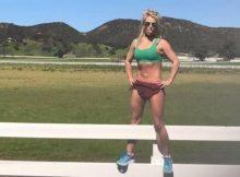 Britney Spears: addominali scolpiti su un corpo ben allenato, fondamentale la motivazione
