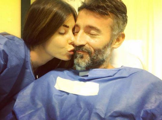 Max Biagi, gli auguri di Bianca e la prima foto dopo la paura